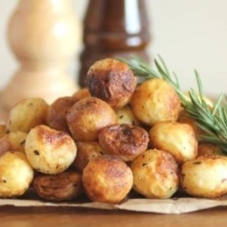 Parisienne potatoes: Starchi Side, Side Dishes, Favorit Recipe, Yummy Recipe, Parisienn Potatoes, Potatoes Dishes, Delicious Recipe, Food Recipe, Delicious Side