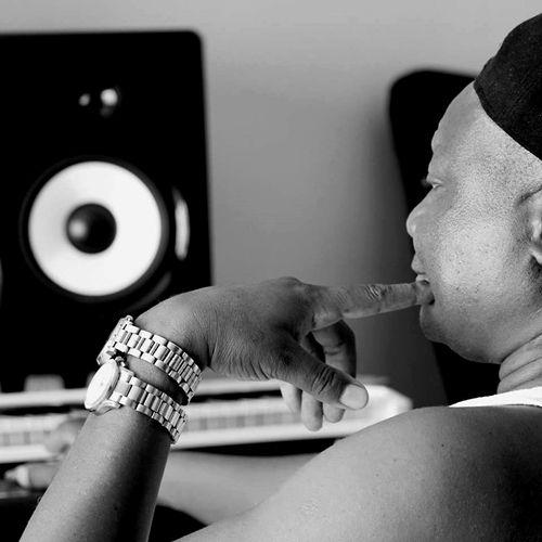 DJ Steve feat. Moss Thriller – Hometown (Afro House) 2017 | Download ~ Alpha Zgoory | Só9dades