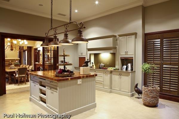 Our La Cucina feature light..