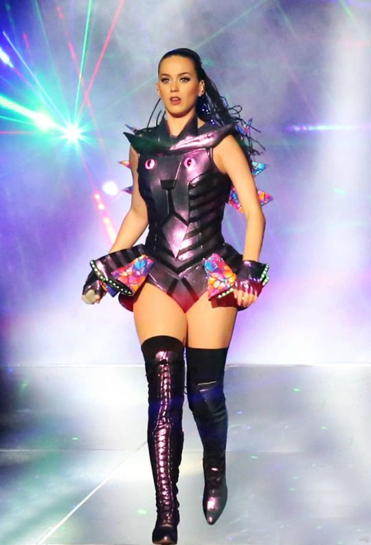 Katy Perry Prismatic Tour in China. Luv the costume