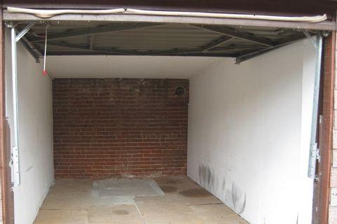 Small storage near Highpark