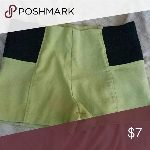 Women green shorts Women green shorts size medium good condition Shorts