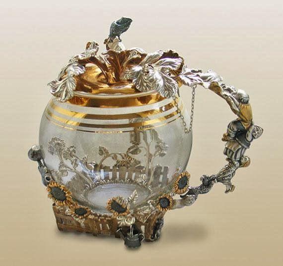 """Заварочный чайник """"Репка"""" http://olginia.com.ua/service/serebro/russkoe-serebro #подарки #столовое_серебро #серебро #vip_подарки #подарки_для_женщин #подарки_для_мужчин #киев  #купить"""