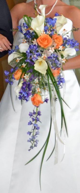 flower bouquet, round or cascading? :  wedding flowers bouquet round cascading Bouquet Only