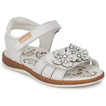 #sandalias cómodas para niñas de la marca Pablosky