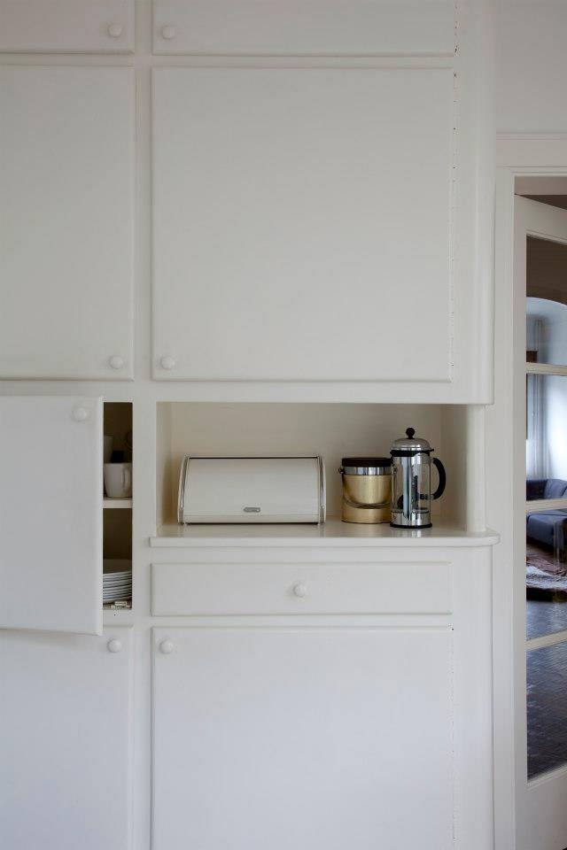 25 beste idee n over zwarte keukenkastjes op pinterest zwarte keukens marmeren - Keuken platform ...