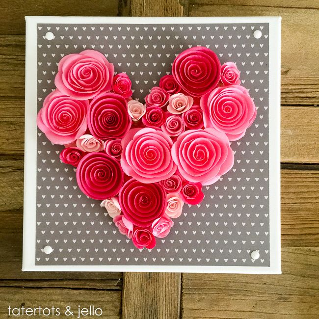 Easy 10 Minute Valentine's Day Wall Art [and free template] Perfect for your decor, or would make a beautiful wedding gift too! -- Tatertots and Jello: