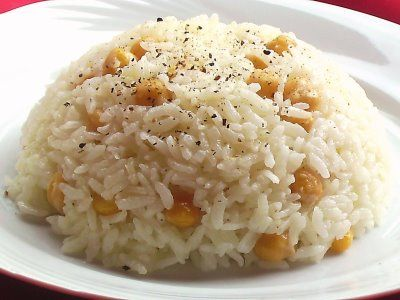 Turkish Cuisine: Nohutlu Pilav (Rice with chick peas)