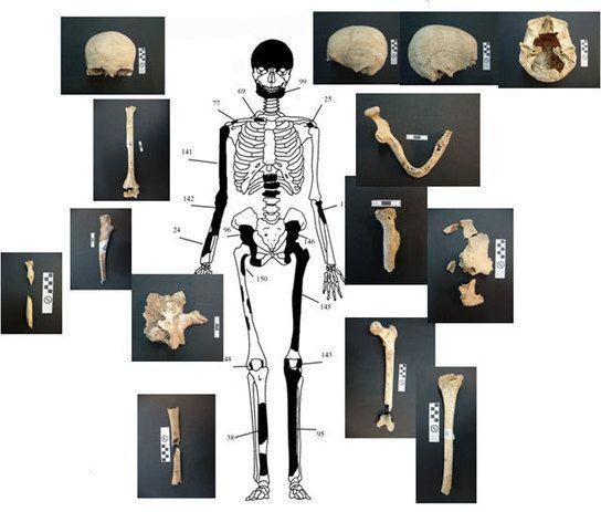 5 individus dans le tombeau grec d'Amphipolis