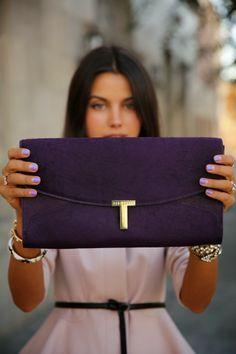 Color of day Violet!! http://bobags.com.br/compra-de-bolsas/clutch-mini-cassette-violet-by-corto-moltedo.html #bobags #alugueldebolsas #clutch