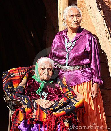Del navajo donne saggie anziane all aperto