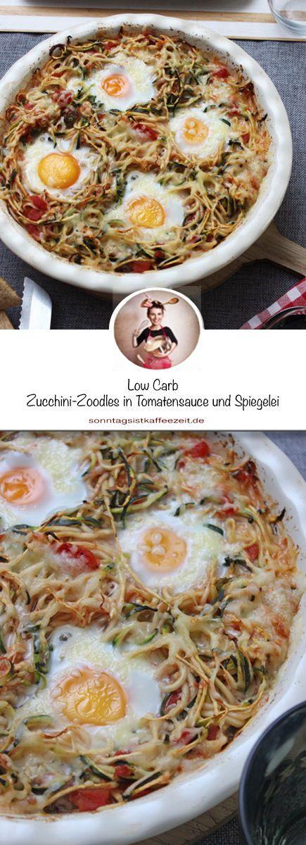 Low Carb Zucchini-Zoodles in Tomatensauce und Spiegelei, dass ich mindestes scho…
