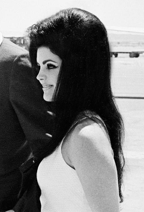 Priscilla Presley Babe