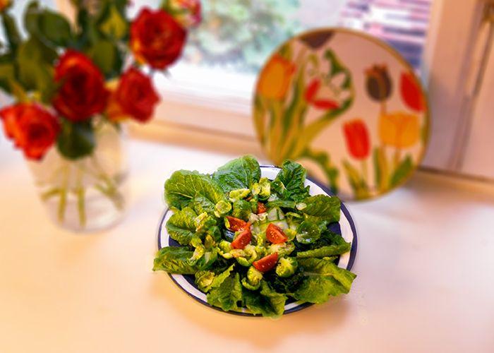 Åh vad vi älskar gröna blad. Gröna och sköna och goda.