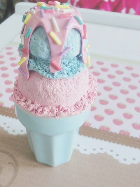 pastel icecream