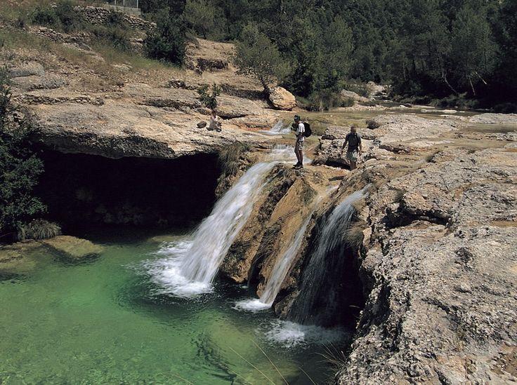 El-Toll-del-Vidre-al-riu-Algars-al-Parc-.jpg (850×635)