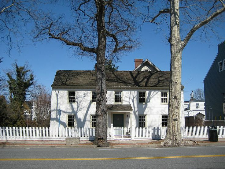 Raynham Hall, Oyster Bay, (Long Island) New York - family home of Robert Townsend (Samuel Culper Jr. in the Culper Spy Ring - Revolutionary War)