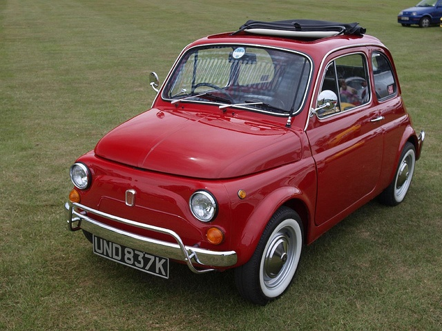 Fiat 500L Saloon Cars - 1971     Nice fiat photo found on the web