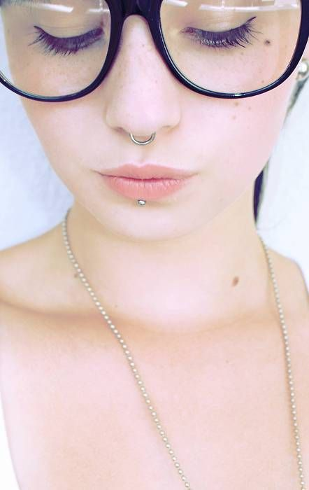 septum and labret. perfectly suiting her features. lookitcher adorable lips!