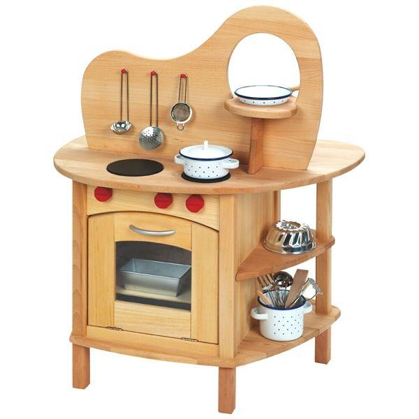 questa cucina giocattolo realizzata completamente in legno di tiglio