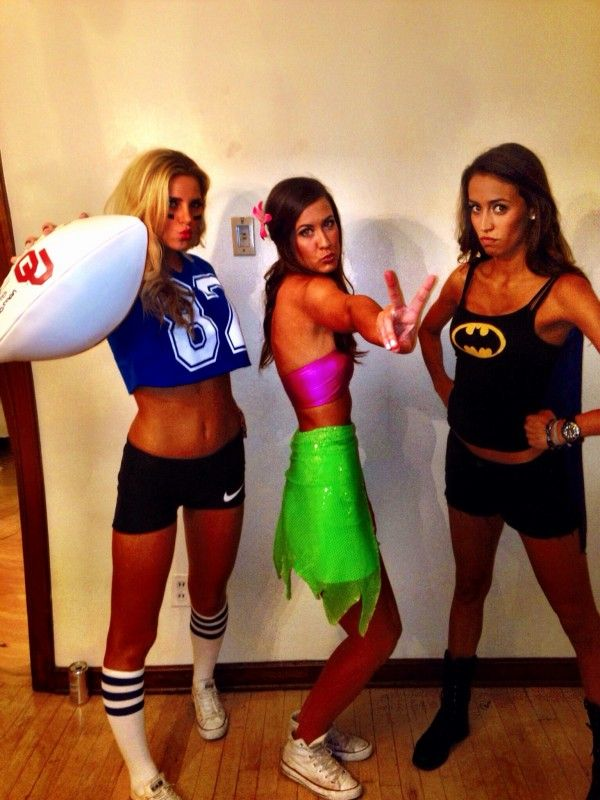 5692c9ccb5c College Funny Halloween Costumes & College Football Fans Show Off ...