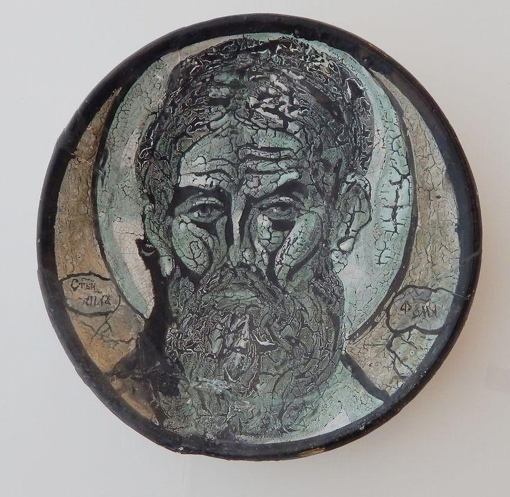 Червяков А.Д. Декор. блюдо «Апостол Фома» D35 см шамот, гор. эмали