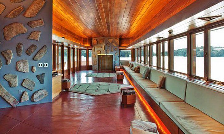 Frank Lloyd Wright-Designed Massaro House and Private Island F...