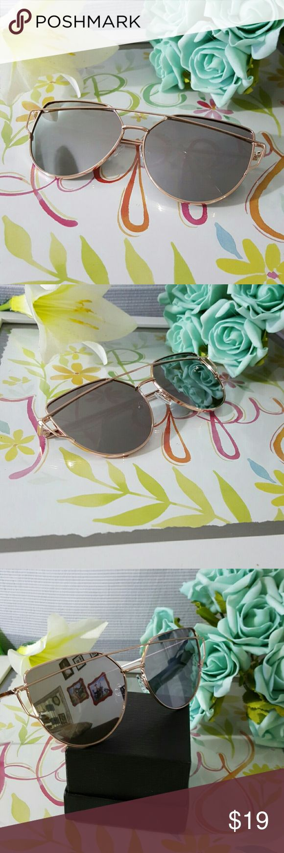 HIGH QUALITY CAT EYE MIRROR VINTAGE  SUNGLASSES GOLD FRAME SILVER LENS  HIGH QUALITY CAT EYE MIRROR VINTAGE  SUNGLASSES Cat eye Women Sunglasses 2017 New Brand Design Mirror Flat Rose Gold Vintage Cateye Fashion sun glasses lady Eyewear  52mm   ALSO AVAILABLE IN MY CLOSET. LATEX WAIST TRAINER NEOPRENE CONTROL CINCHER VEST CORSET BUTT LIFTER PADDED PANTY SWIMSUIT WOMAN MEN SUNGLASSES SILICONE BRA ADHESIVE NIPPLE COVERS PHONE Accessories Sunglasses