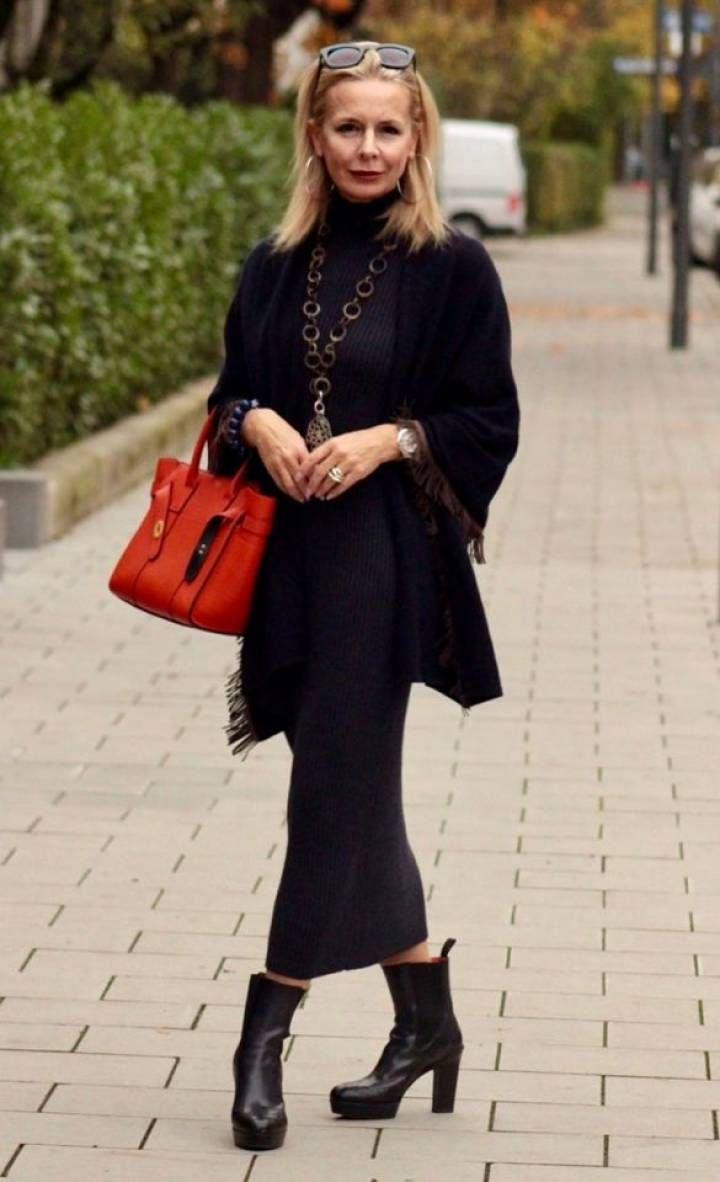 Kleine Frau Ganz Gross In 2020 Mode Schwarz Mode Fur Kleine Frauen Und Lassige Mode