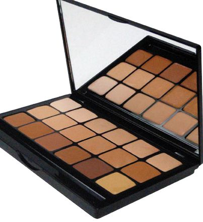 (http://camerareadycosmetics.com/products/graftobian-hi-def-glamour-creme-18-color-super-palette.html)
