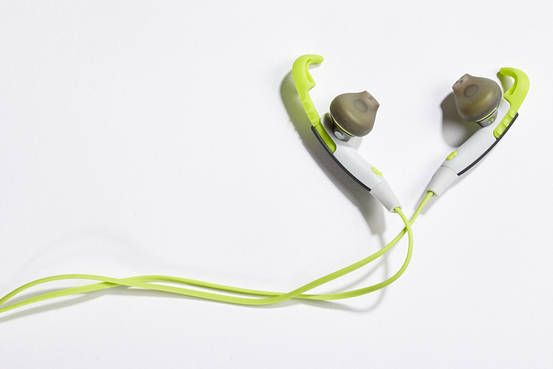 Earbuds for People With Small Ears - WSJ