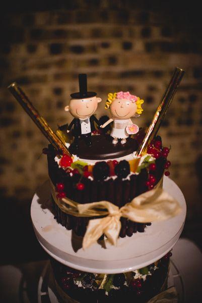 Nászpár figura, torta #torta, #dekor, #eskuvo, #dekoracio, orokrekepek.hu