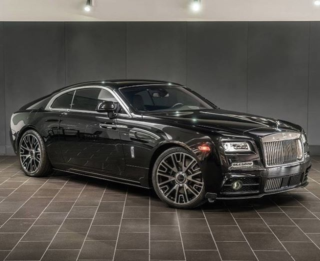 2016 Rolls-Royce Wraith for sale at www.duPontREGISTRY.com for $369,200 by @ogaraljreserve #dupontregistry