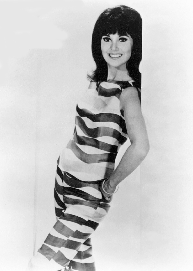 Marlo Thomas as 'Ann Marie' in That Girl (1966-71, ABC)