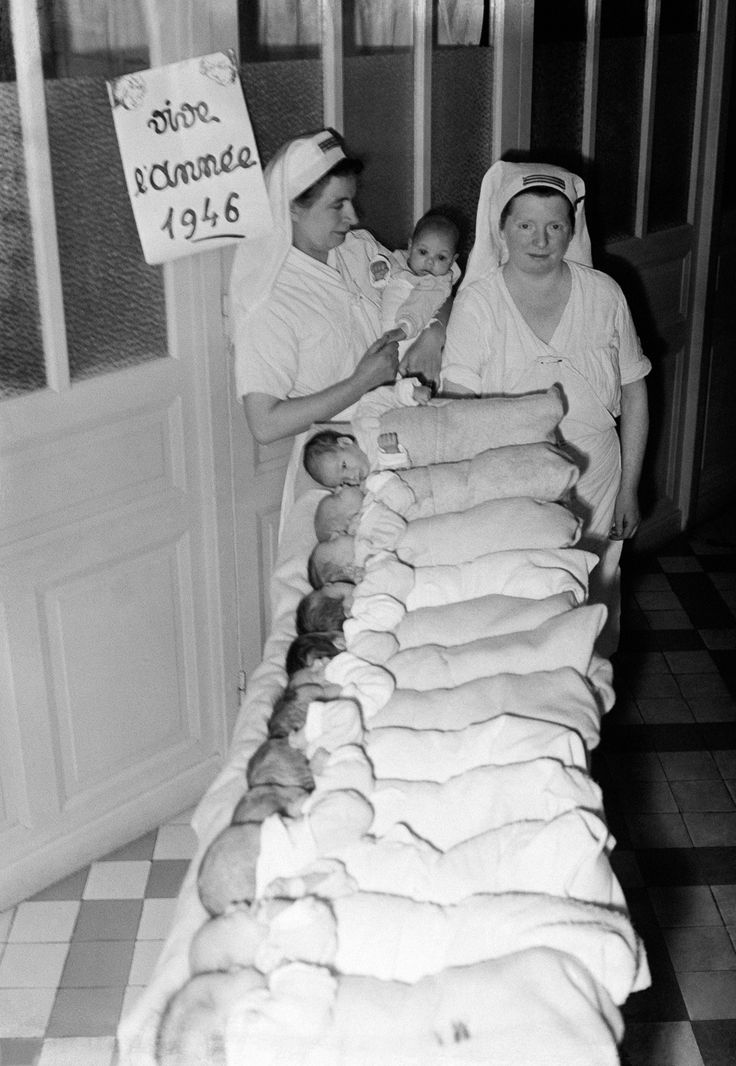 Jan. 1, 1946 The first babies of the new year in a maternity ward in Paris. | These historical photos communicate how huge the Baby Boom was