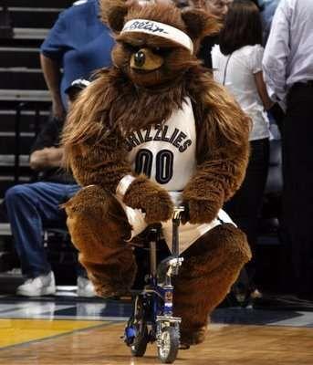 Utah Jazz – Jazz Bear These 30 Bizarre Sports Mascots Will Definitely Not Entertain You • Page 4 of 6 • BoredBug