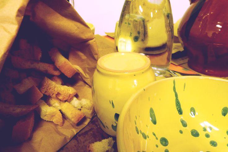 """Appignano (MC, Italy) Leguminaria festival, """"le cocce"""" , ceramic handcrafted bowls"""