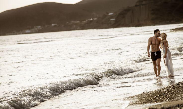 #santorini #prewedding #greece #love  www.ermidisphotography.gr