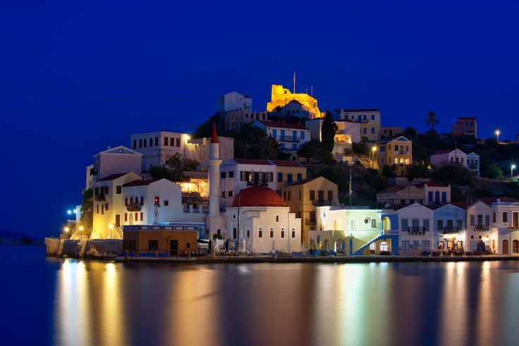 Greek Tourism Sector to Shoulder Tax Burden in 2018