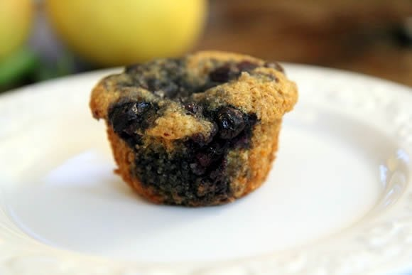 Huckleberry's Blueberry Bran Muffin Recipe | Average BettyAverage Betty