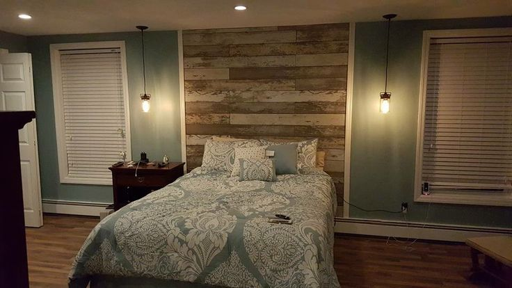 Used Laminate Flooring That Looked Like Reclaimed Barn