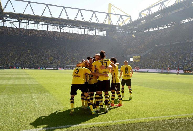 ~Borussia Dortmund~ ---  #echteliebe  #BVB  --- http://www.marco-reus-trikot.de --- #SchwarzGelb
