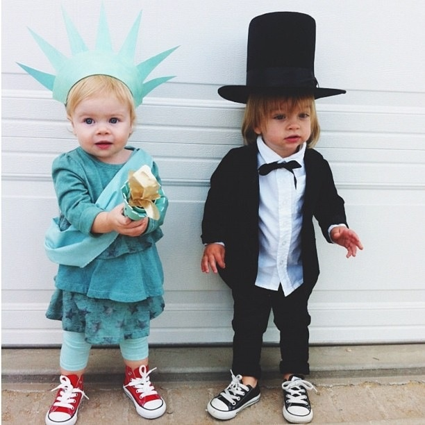 Baby Abe Lincoln and Baby Statue of Liberty just hanging out together.no big deal  sc 1 st  Pinterest & 22 best Week 2: Decades Week images on Pinterest | Baby costumes ...