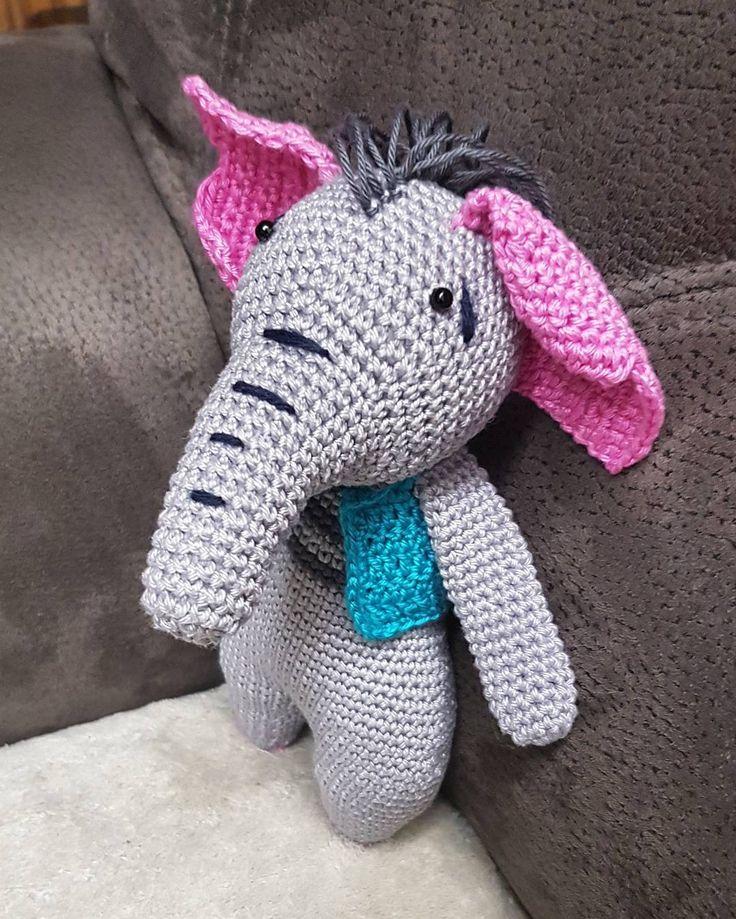 21 cm 🐘 háčkovaná hračka v tvare slona s veľkými ružovými ušami 🐘 done #crochet#hacik#hackovanie