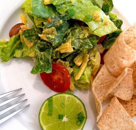 Mexican Salad with Creamy Avocado Dressing.  Sounds delicious!: Mexicans Salad, Food Porn, Avacado Dresses, Creamy Avocado Dresses, Mexican Salads, Healthy Food, Creamy Avacado, Food Salad, Food Drinks