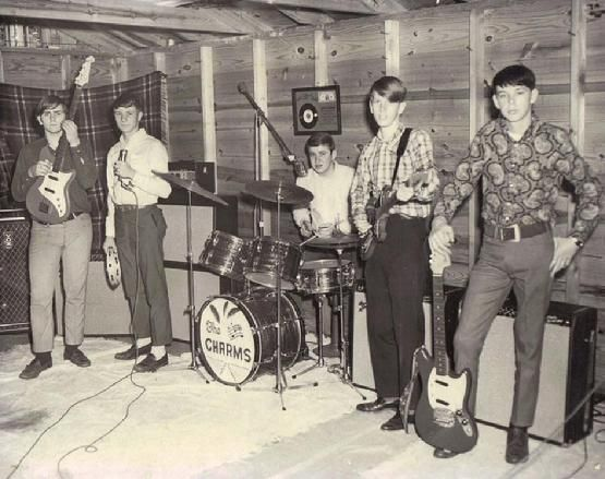 a look at the popular 1960s band group the beach boys The beach boys have sold in excess of 100 million records worldwide, making them one of the world's best-selling bands of all time and are listed at no 12 on rolling stone magazine's 2004.