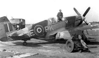 Another No. 315 Sqdn Mustang III, coded PK-E.