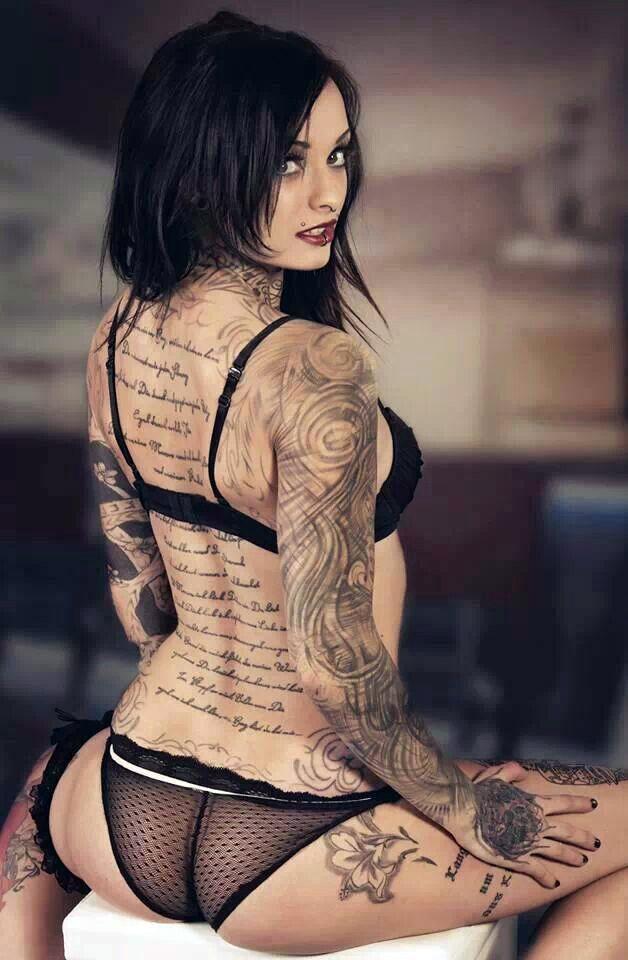 super hot tattoo babes