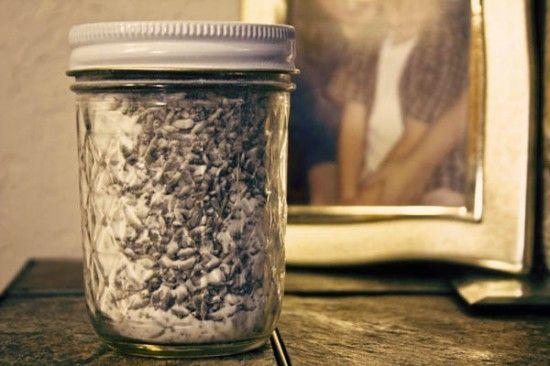 Natural lavender air freshner  And tons of other lavender uses  And tons of natural beauty recipes!