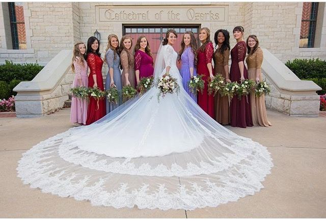 Lovely Jinger and her beautiful wedding party!
